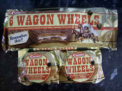 caramel wagon wheels